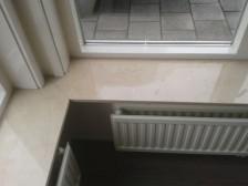 crema marfil gepolijst vensterbank